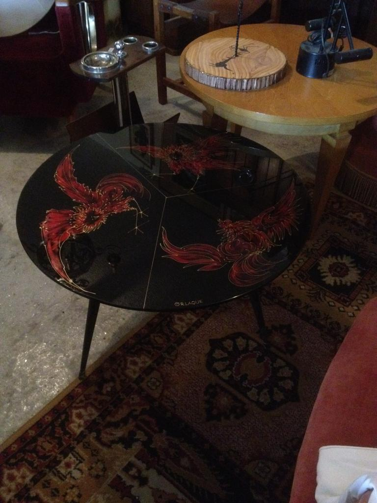 table de salon en verre noir
